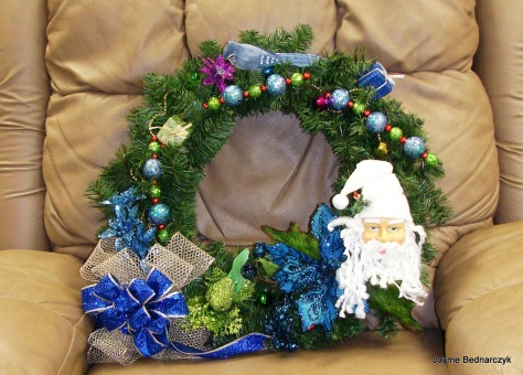A wreath for Jayme's Mom!